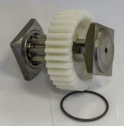 Műanyag fogaskerék tengellyel - G4000 alkatrész